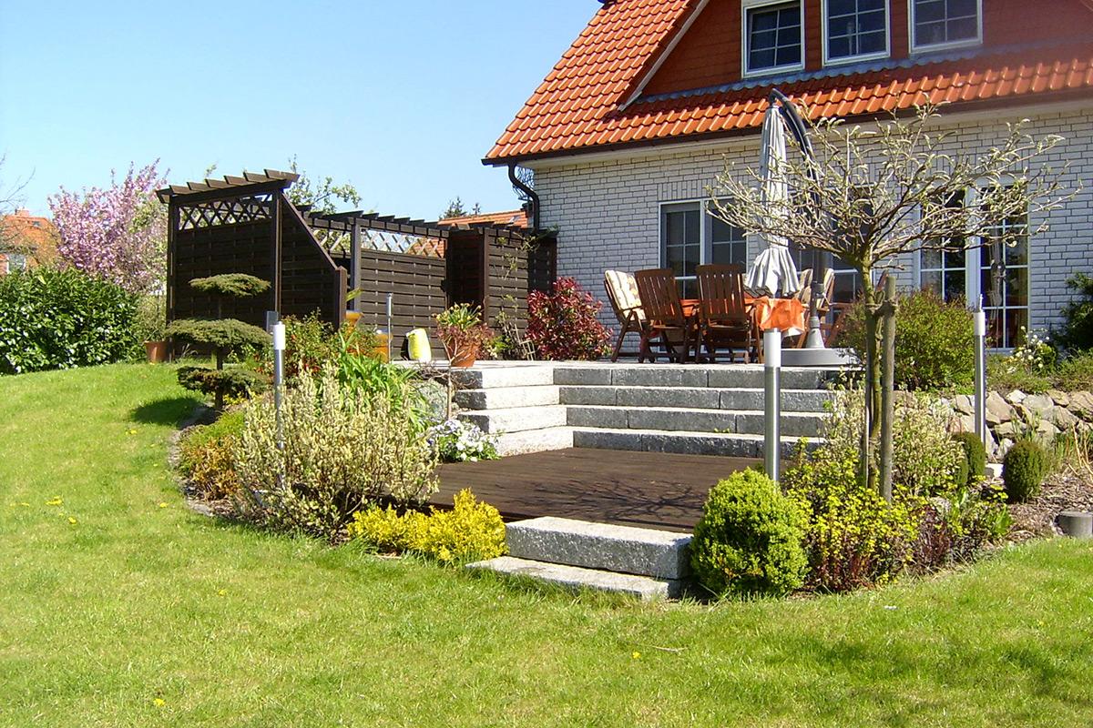 privater Garten. Die Pflege von Seifert